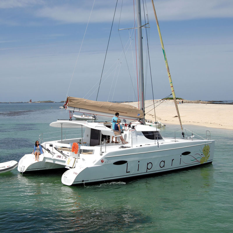 Location de catamaran en Bretagne sud